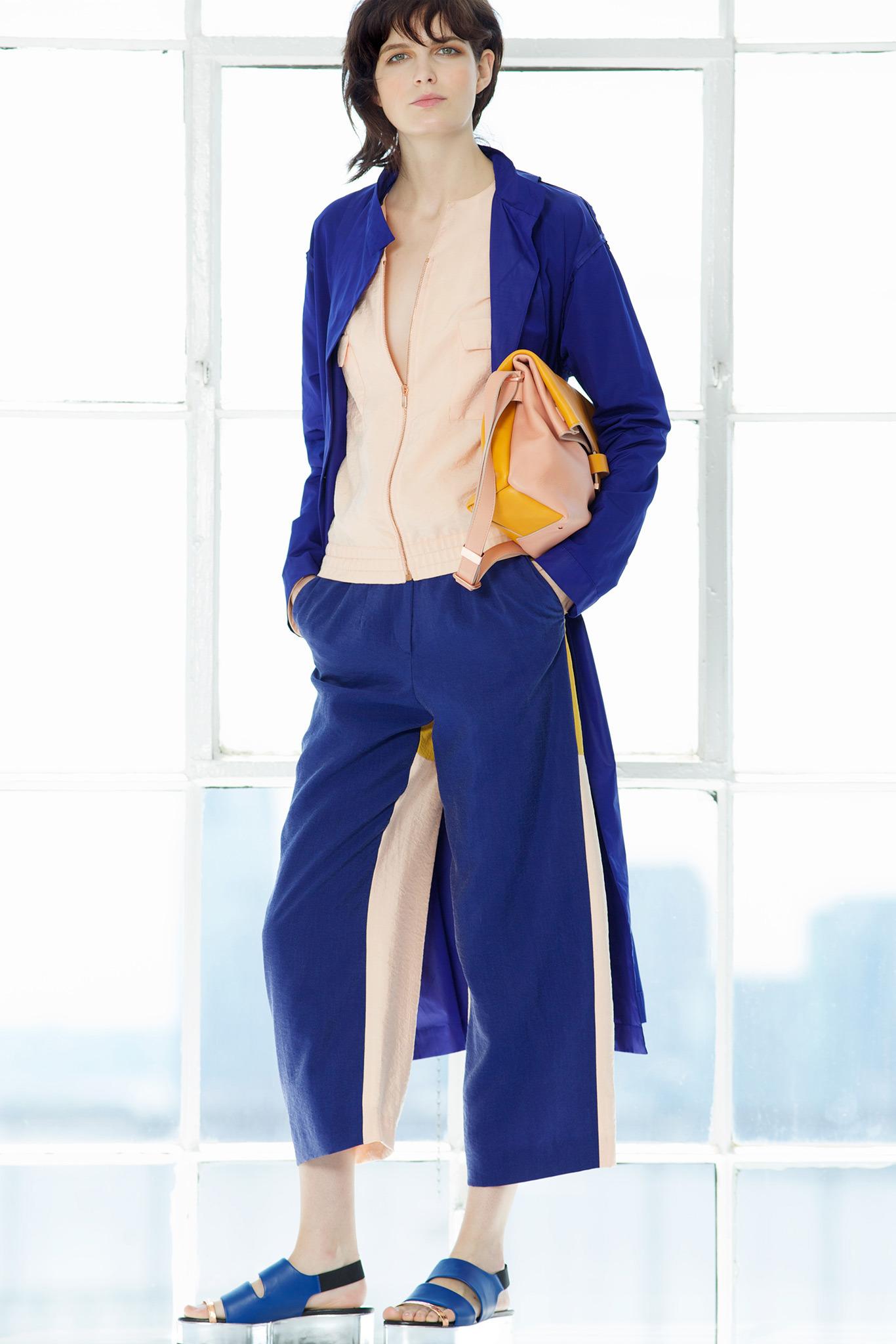 Модная одежда от кутюрье